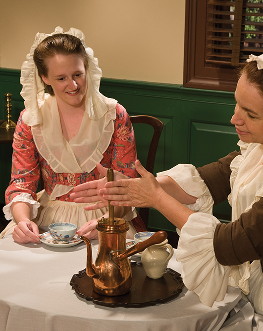 2006-ahc-colonial-woman